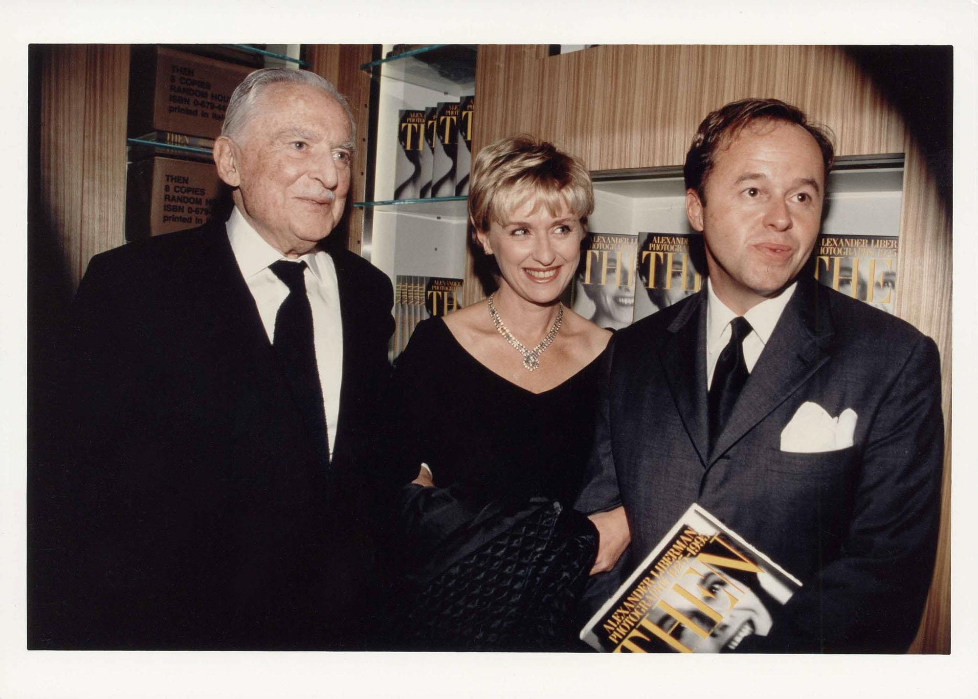 Alexander Liberman, Tina Brown and Charles Churchward, NYC 1994.