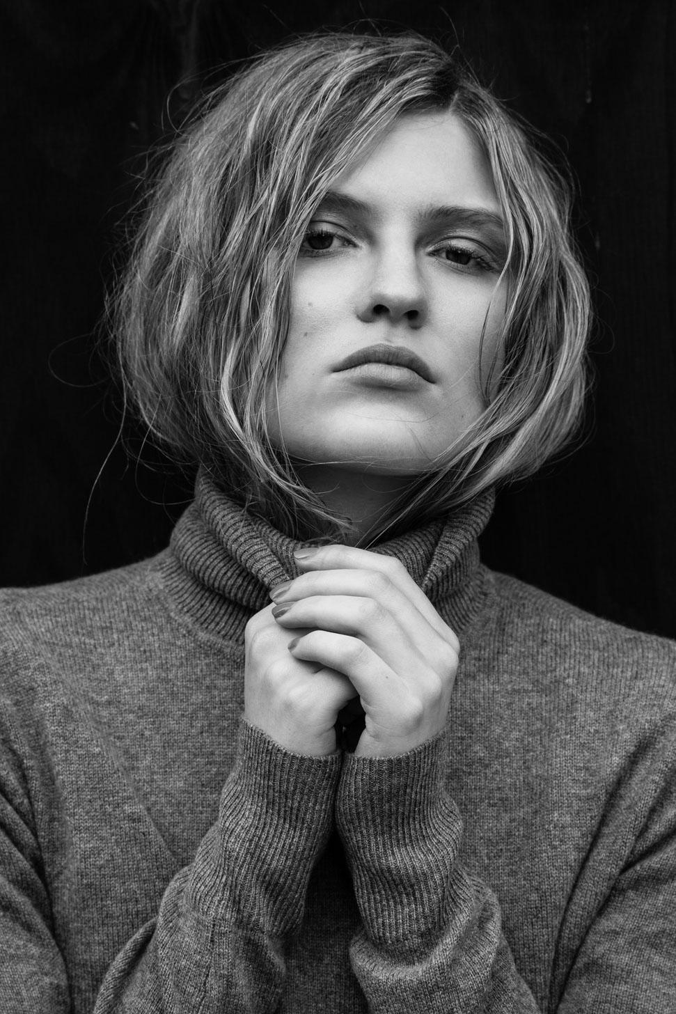 Johnn Smedley Turtleneck Grey Sweater