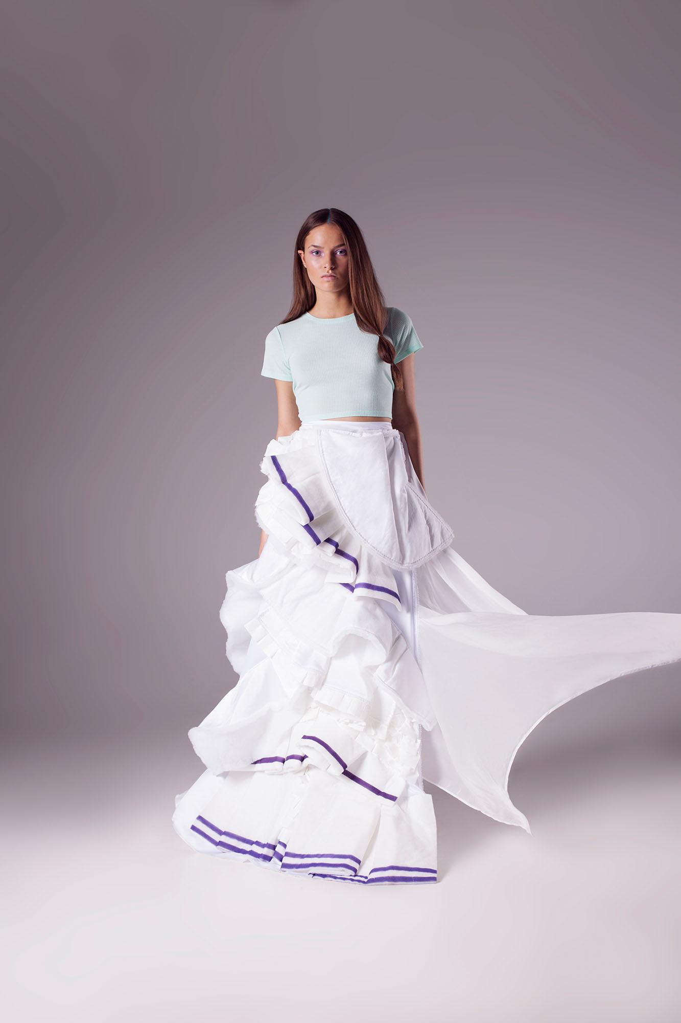 Shirt H&M, Skirt Anne van de Boogaard